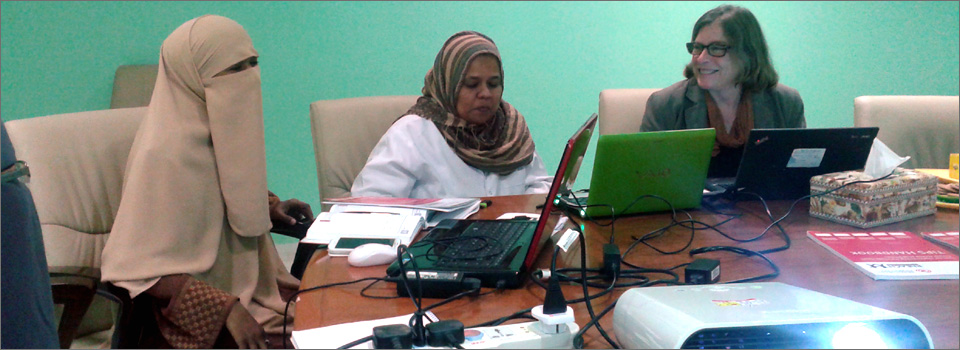 Alice Grainger, Sulfa Ali and Manal Elimam the direcotr of NCD at MOH